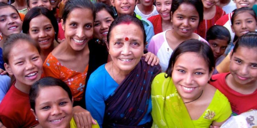 anuradha-koirala-la-madre-teresa-de-nepal-ha-rescatado-a-mas-de-18000-ninas-del-trafico-sexual